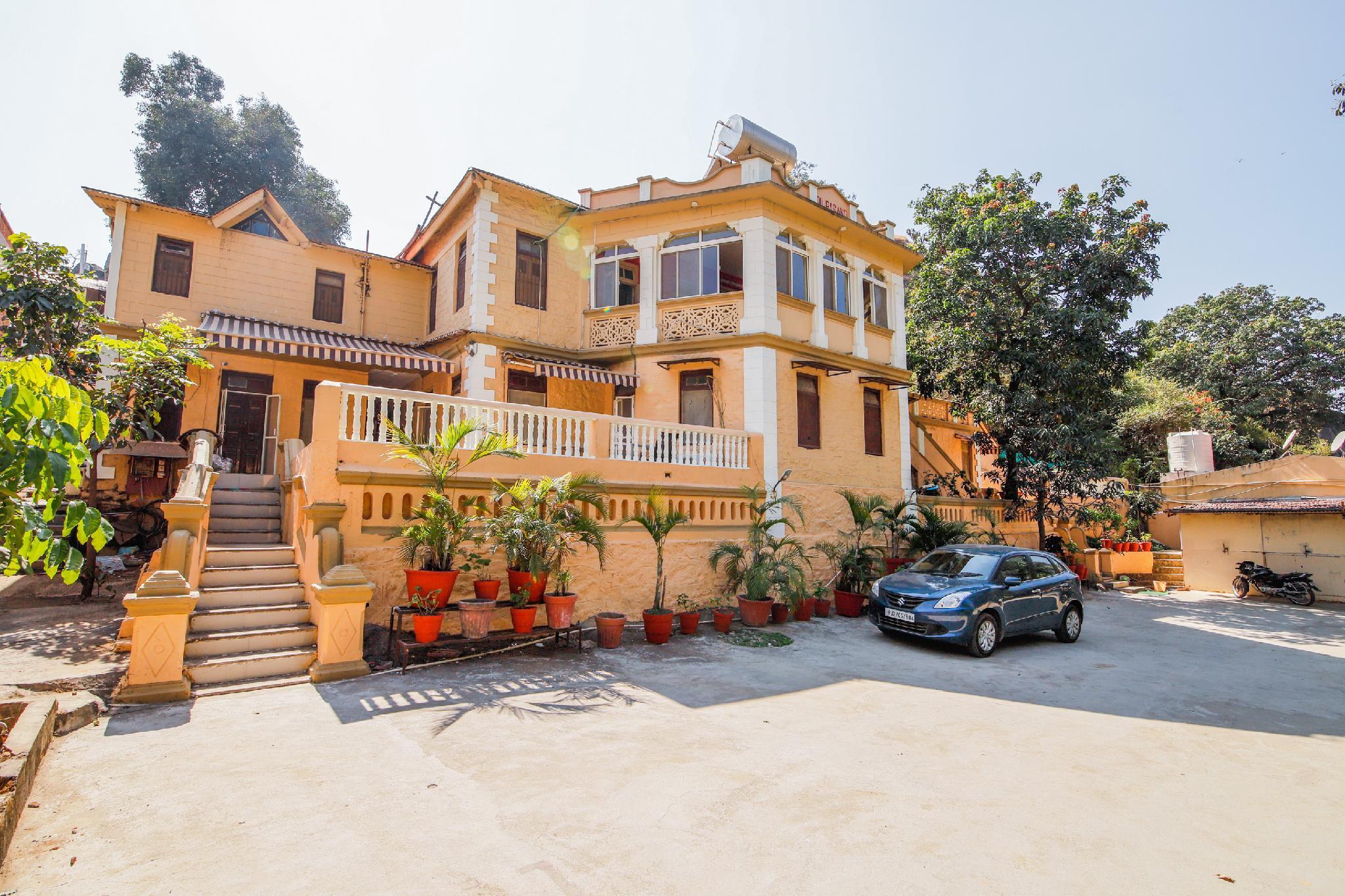 OYO 23449 Heritage Villa