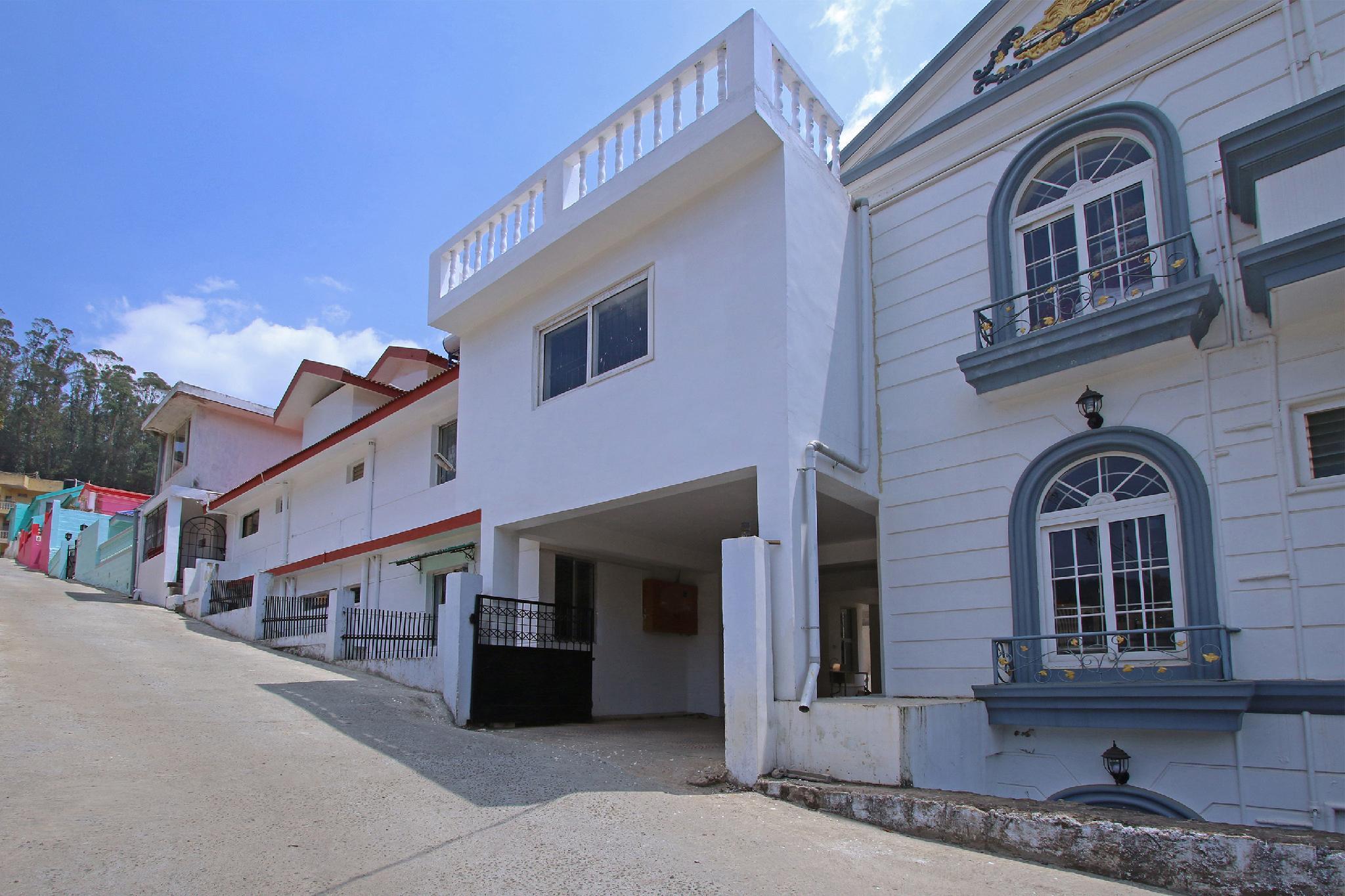 OYO 30304 Elegant Vasantham Cottage