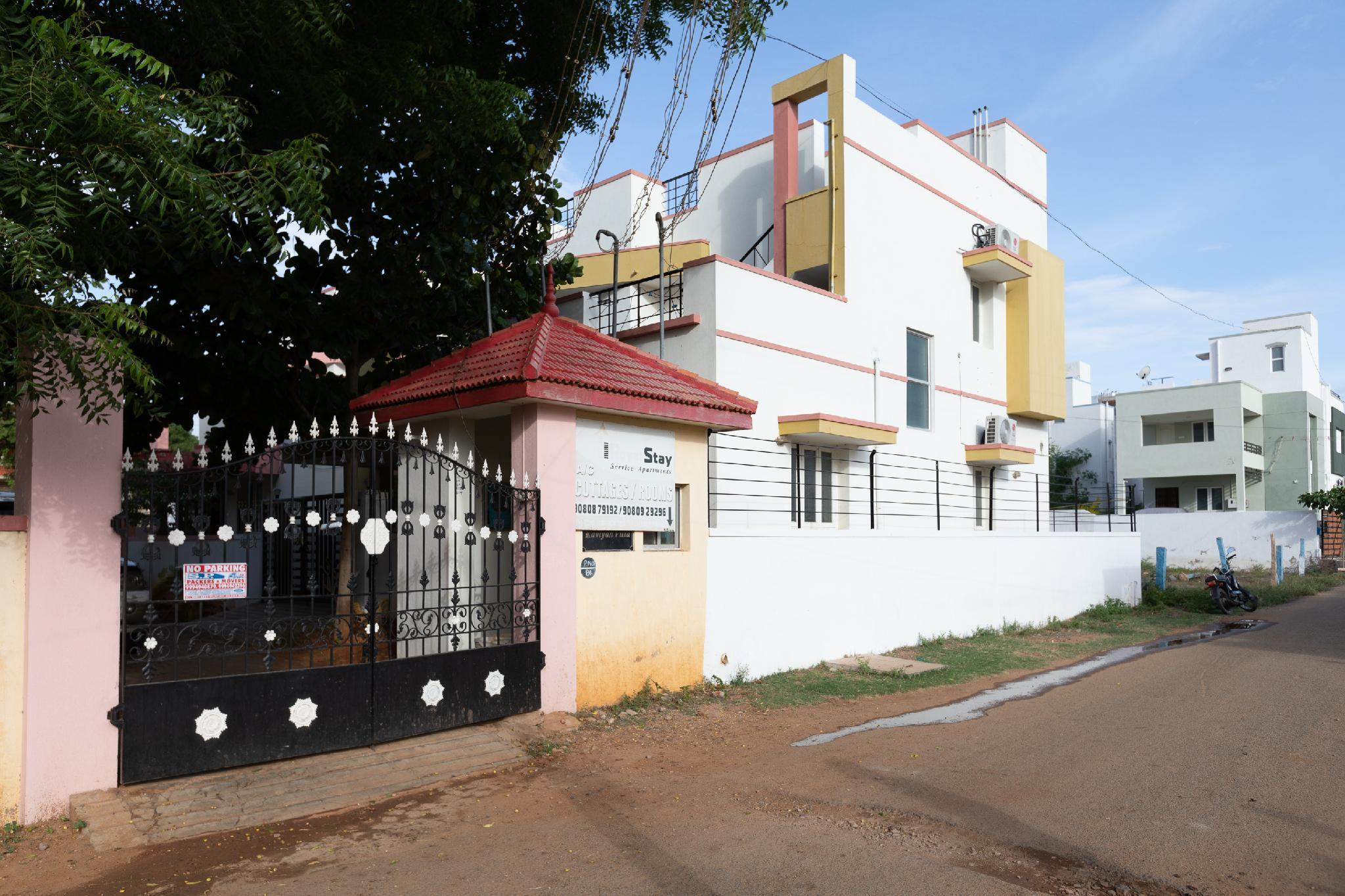 OYO 16956 Royal Home Stay Royal Garden