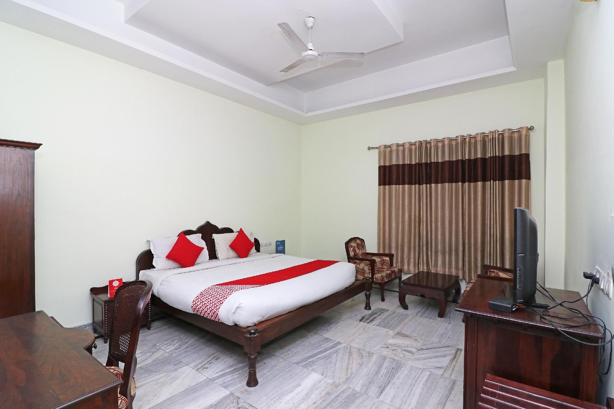 Capital O 5342 Motel Gajraj Continental  A Unit Of Gajraj Hotels Pvt Ltd