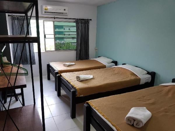 Nimman Expat Home: Room 11 (3 Beds) Chiang Mai
