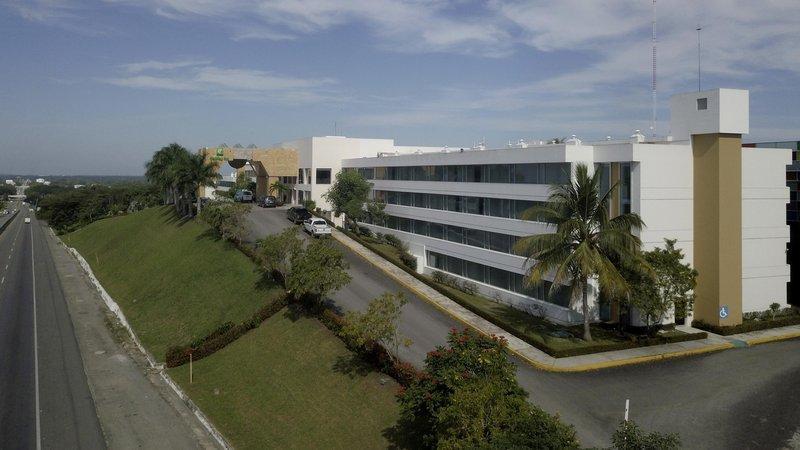 Holiday Inn Villahermosa Aeropuerto