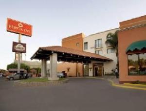 フィエスタ イン ホテル (Fiesta Inn Leon Hotel)
