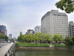 广岛灿路都大酒店 (Hotel Sunroute Hiroshima)