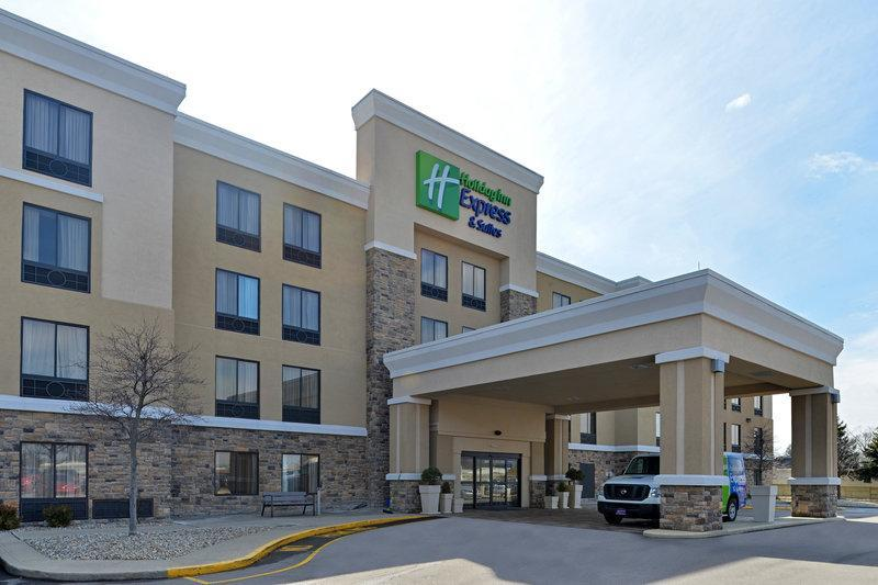 Holiday Inn Express Hotel And Suites Indianapolis W   Airport Area