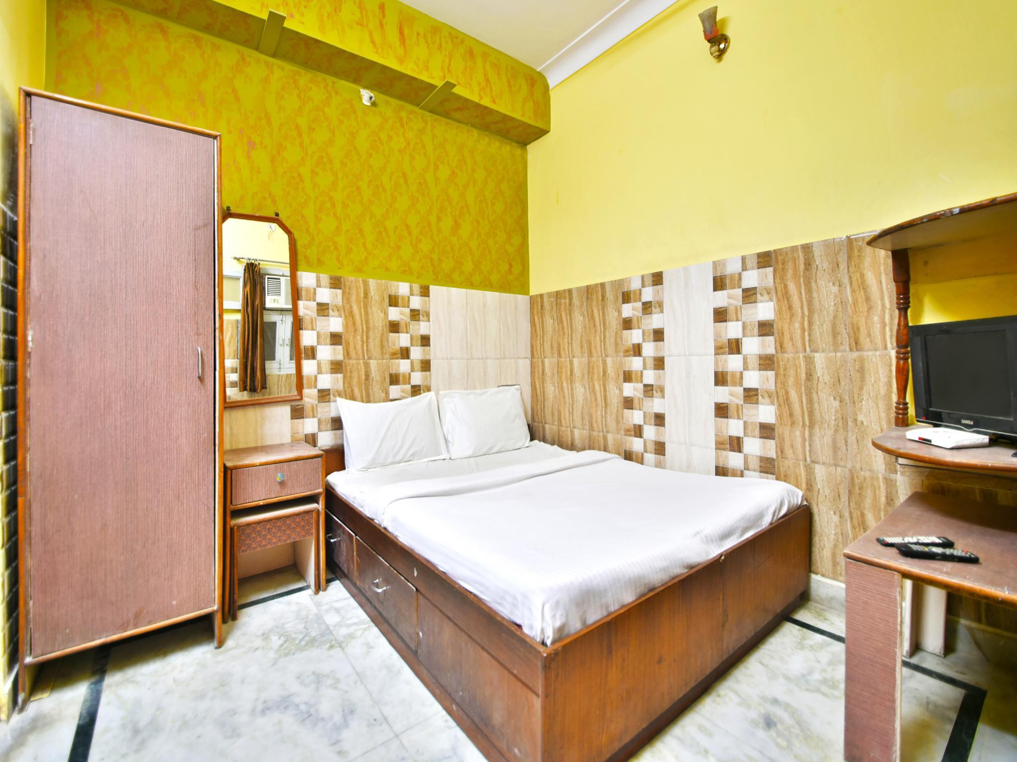 SPOT ON 38133 Hotel Metro
