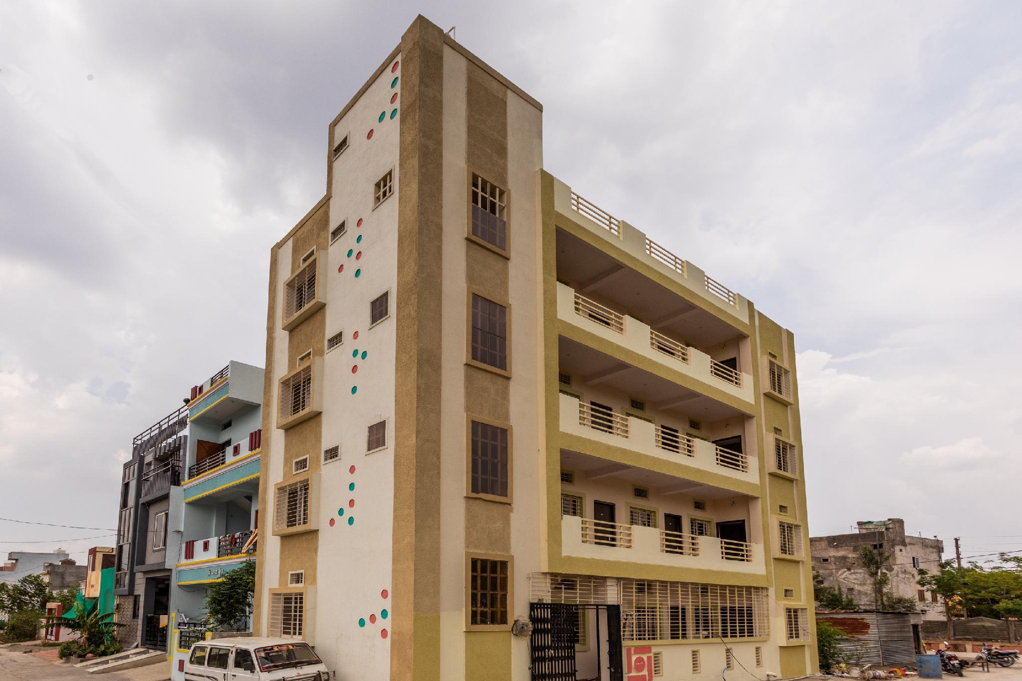 SPOT ON 35682 Yuvraj Residency