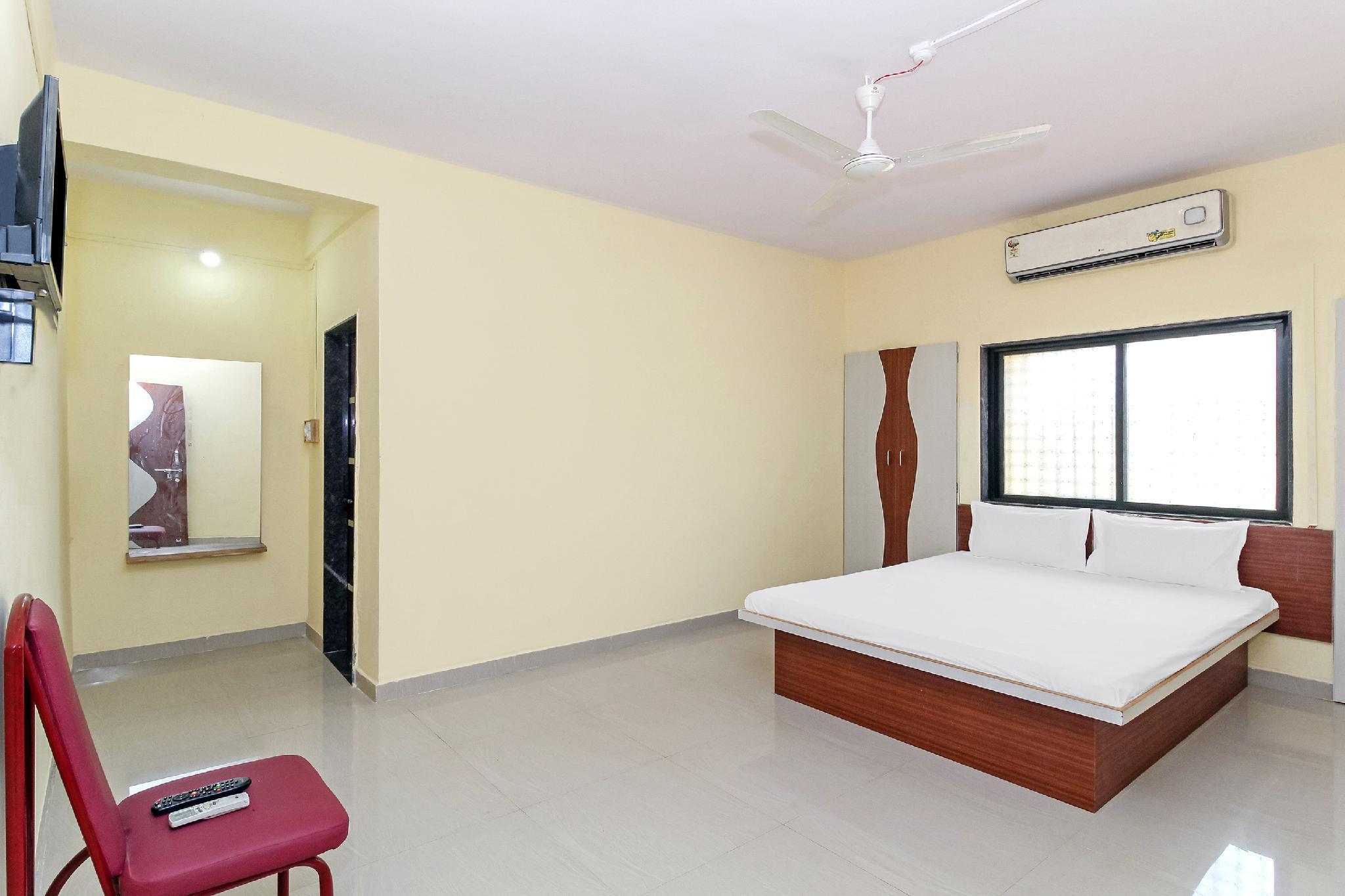 SPOT ON 37768 Hotel Jayraj