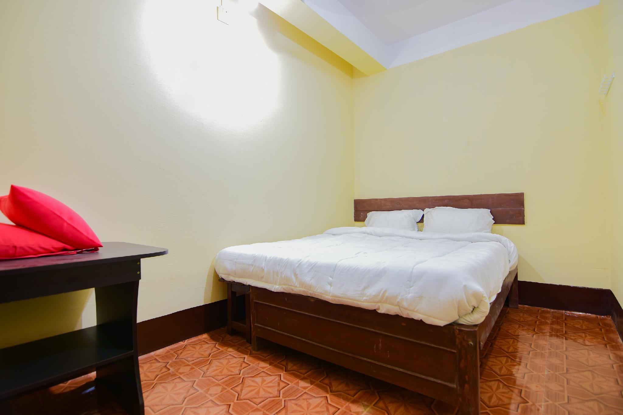 SPOT ON 30735 Madina Guest House