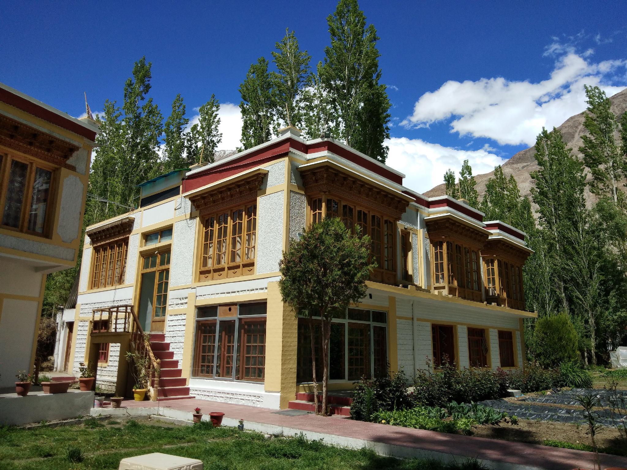 OYO 14012 Hotel Namgyal Villa