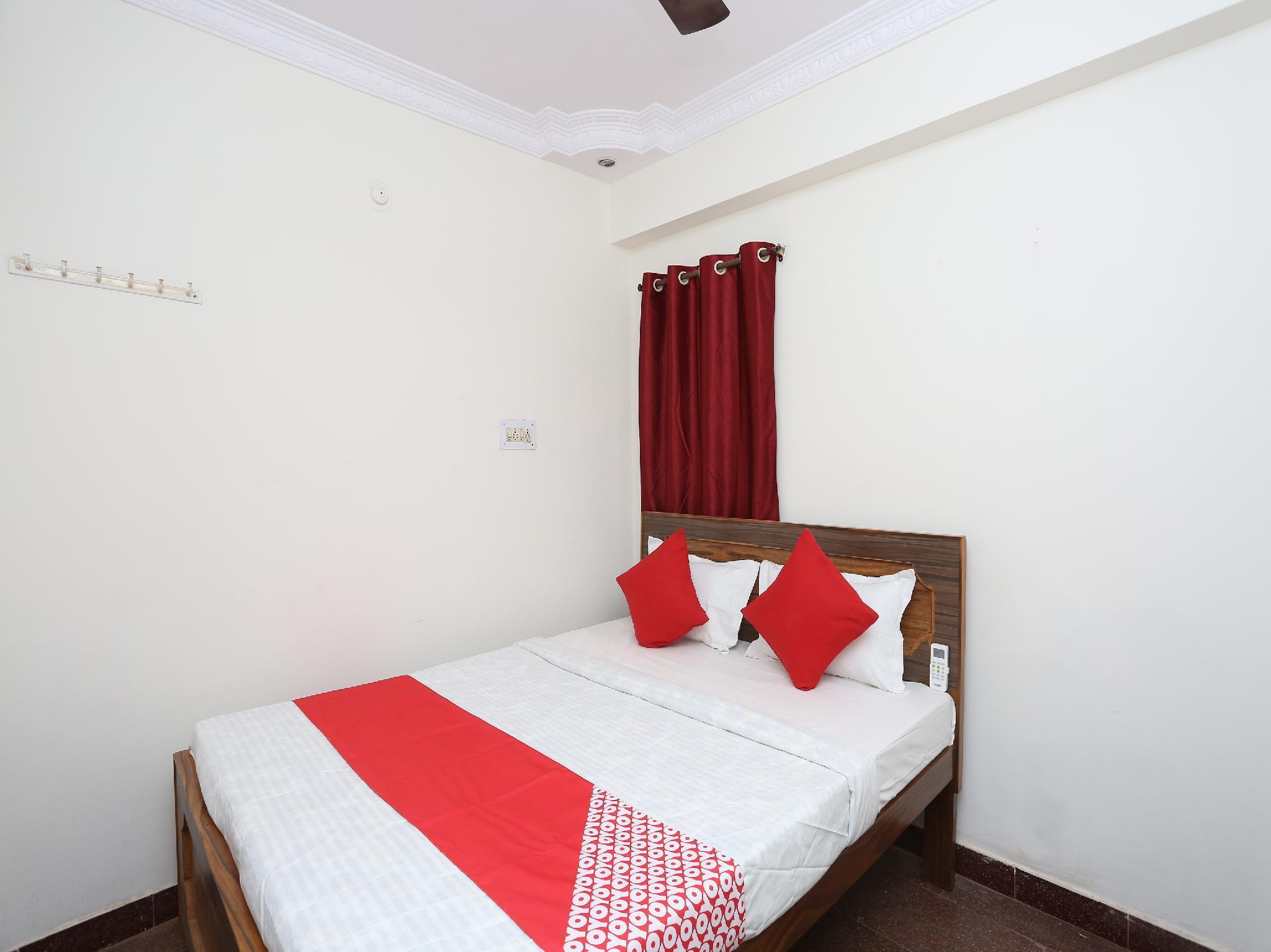 OYO 36007 Hotel Mahendra