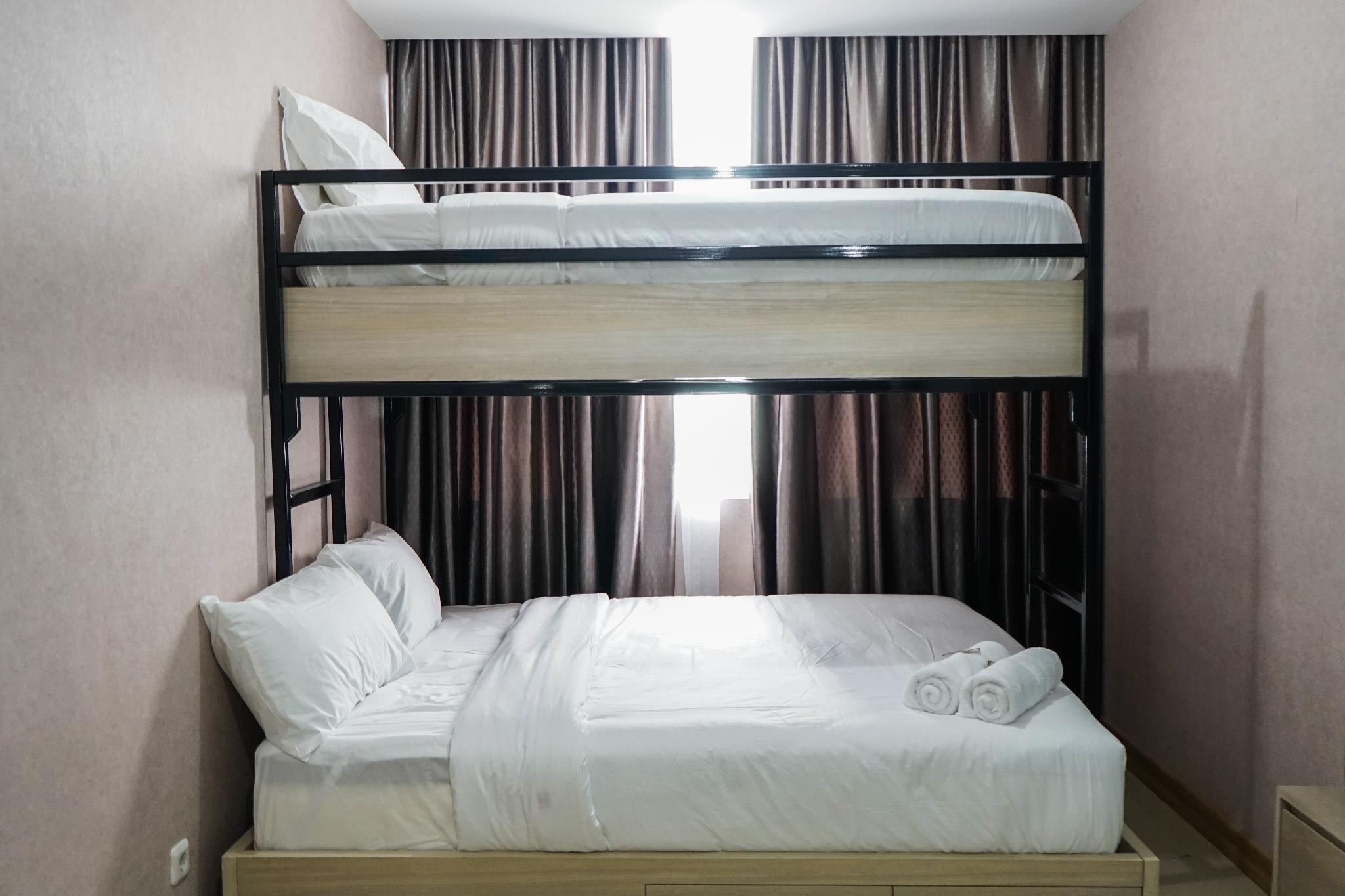 Minimalist 1BR Pasar Baru Mansion Apt By Travelio