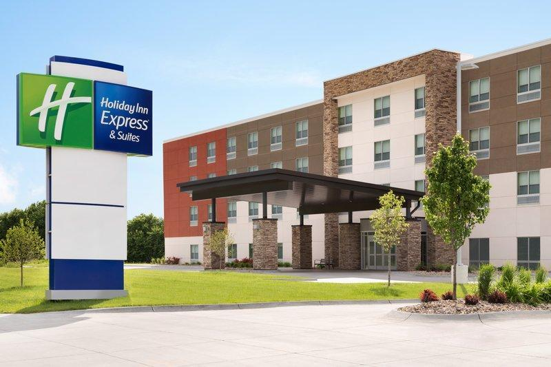 Holiday Inn Express And Suites Columbus - Worthington