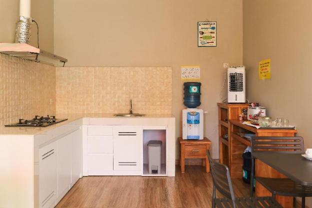 Studio C31 Jimbaran Guesthouse