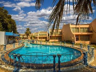 Lafontaine La Plage Resort