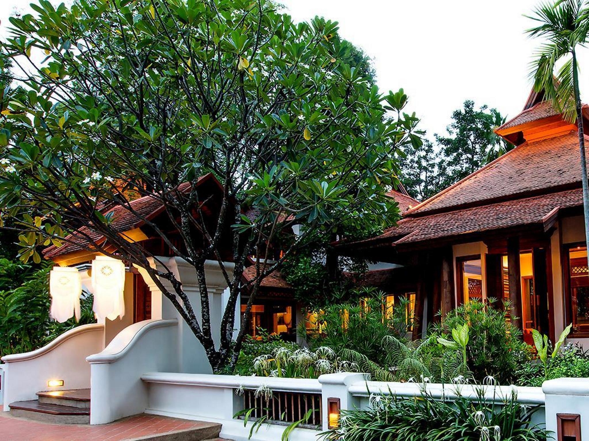 ที่นี่คือ โอเอซิส บ้านแสนดอย สปา รีสอร์ท (Oasis Baan Saen Doi Spa Resort)