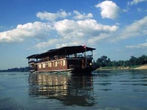 Vat Phou Mekong Cruise