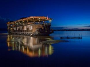 Vat Phou Mekong Cruise - Pakse