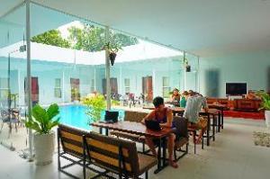 Onederz Sihanoukville: ważne informacje (One Stop Hostel Sihanoukville)