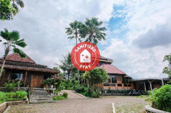 OYO 774 Villa 007 Sengkaling Malang