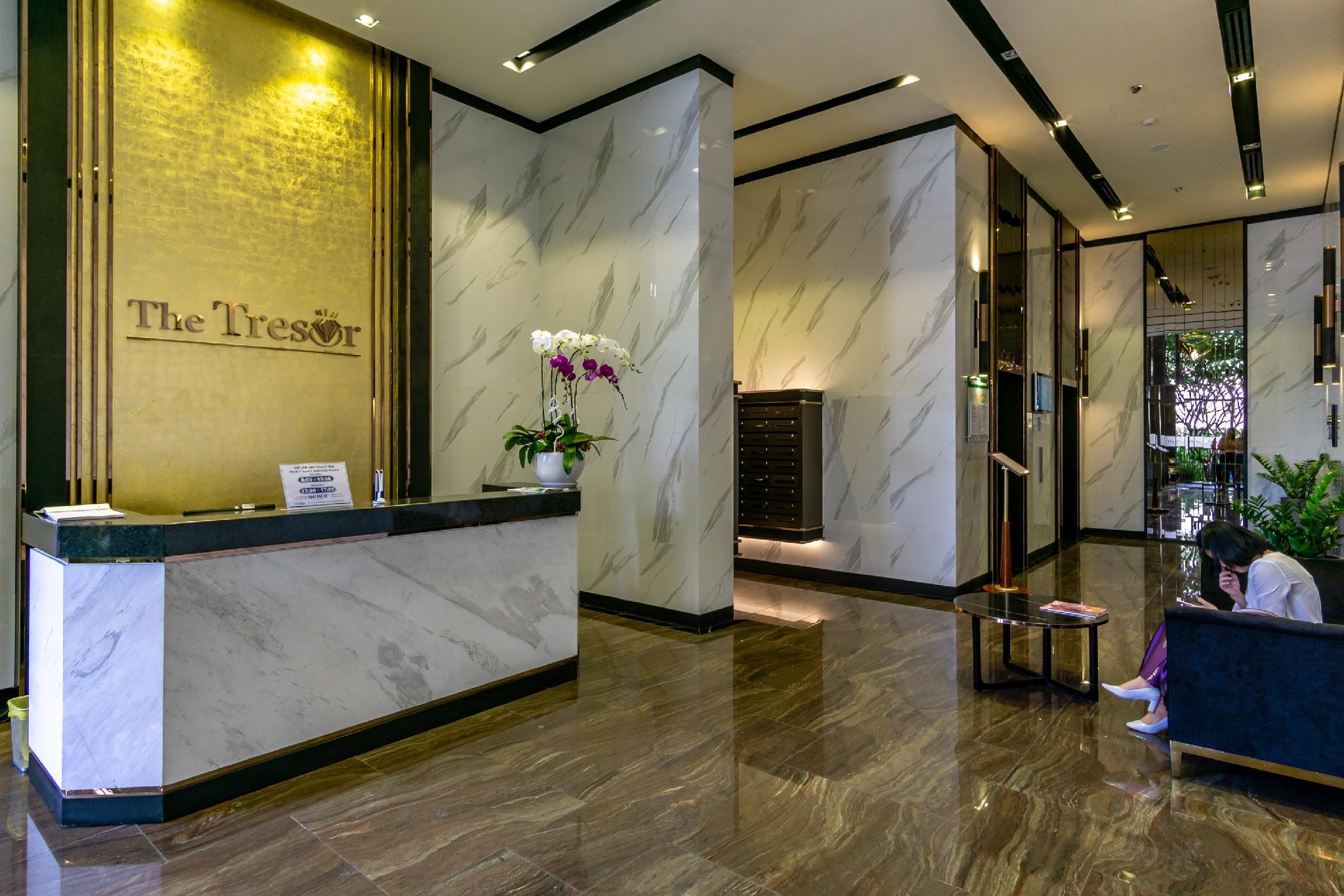 Feliz Saigon   Studio For Group   Free Poolandgym