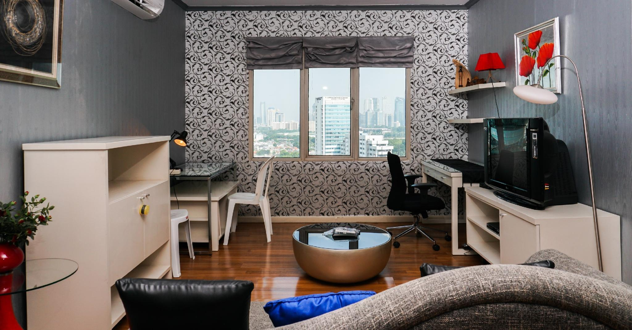 1BR With City View Semanggi Apartment By Travelio