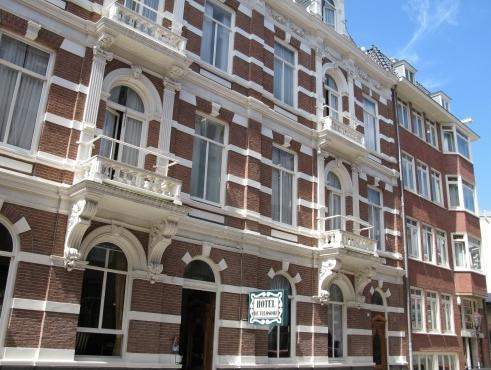 Pillows Anna Van Den Vondel Amsterdam