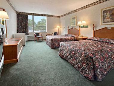Super 8 Colonial Williamsburg