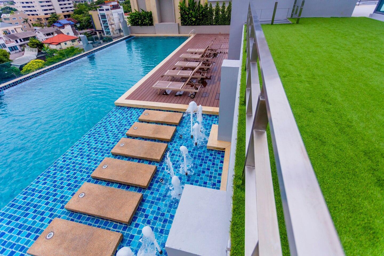 Modern Condo near BTS in Bangkok中文服务 อพาร์ตเมนต์ 1 ห้องนอน 1 ห้องน้ำส่วนตัว ขนาด 35 ตร.ม. – สุขุมวิท