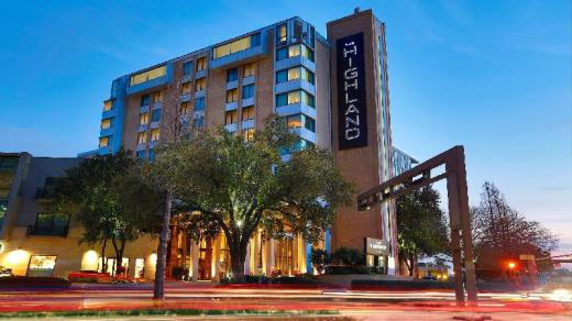 Highland Dallas Curio Collection By Hilton