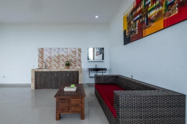 OYO 929 Uluwatu Suites