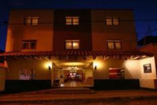 普諾標準卡薩安迪娜酒店