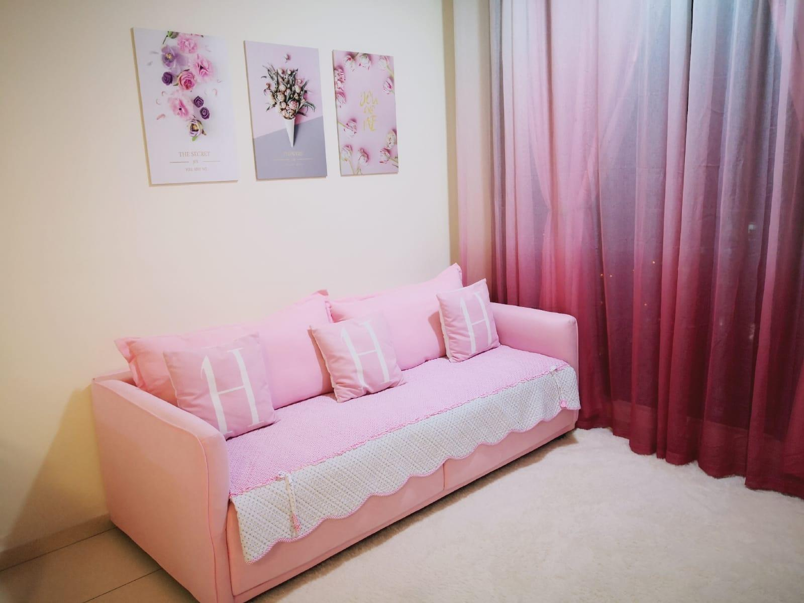 Nice Home With Pink Colour Hello Kitty