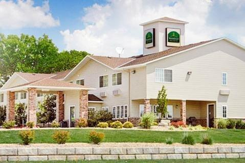 WAMEGO INN AND SUITES