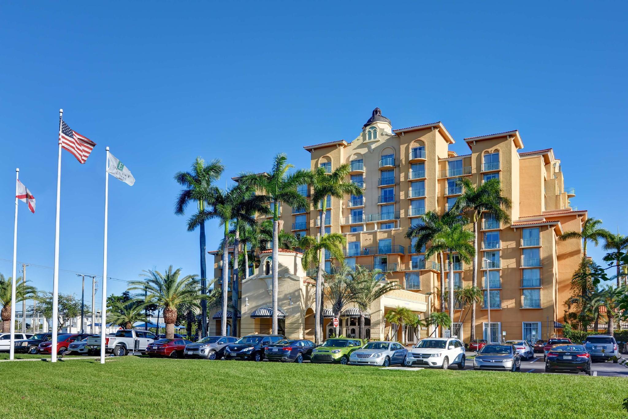 Embassy Suites Hotel Miami International Airport