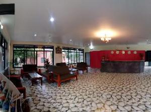 Hotel Jungle Crown