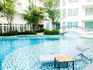 Summer Hua Hin Condo Room 501
