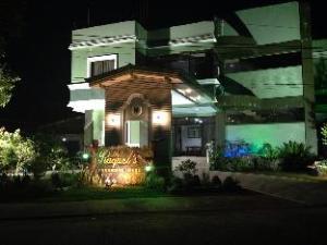 Raquels Pensionne House