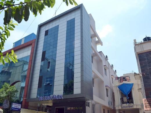 Hotel Metropark - Vadapalani