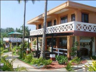 picture 2 of Punta Riviera Resort