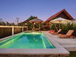 Harmonious Surf Camp Villa