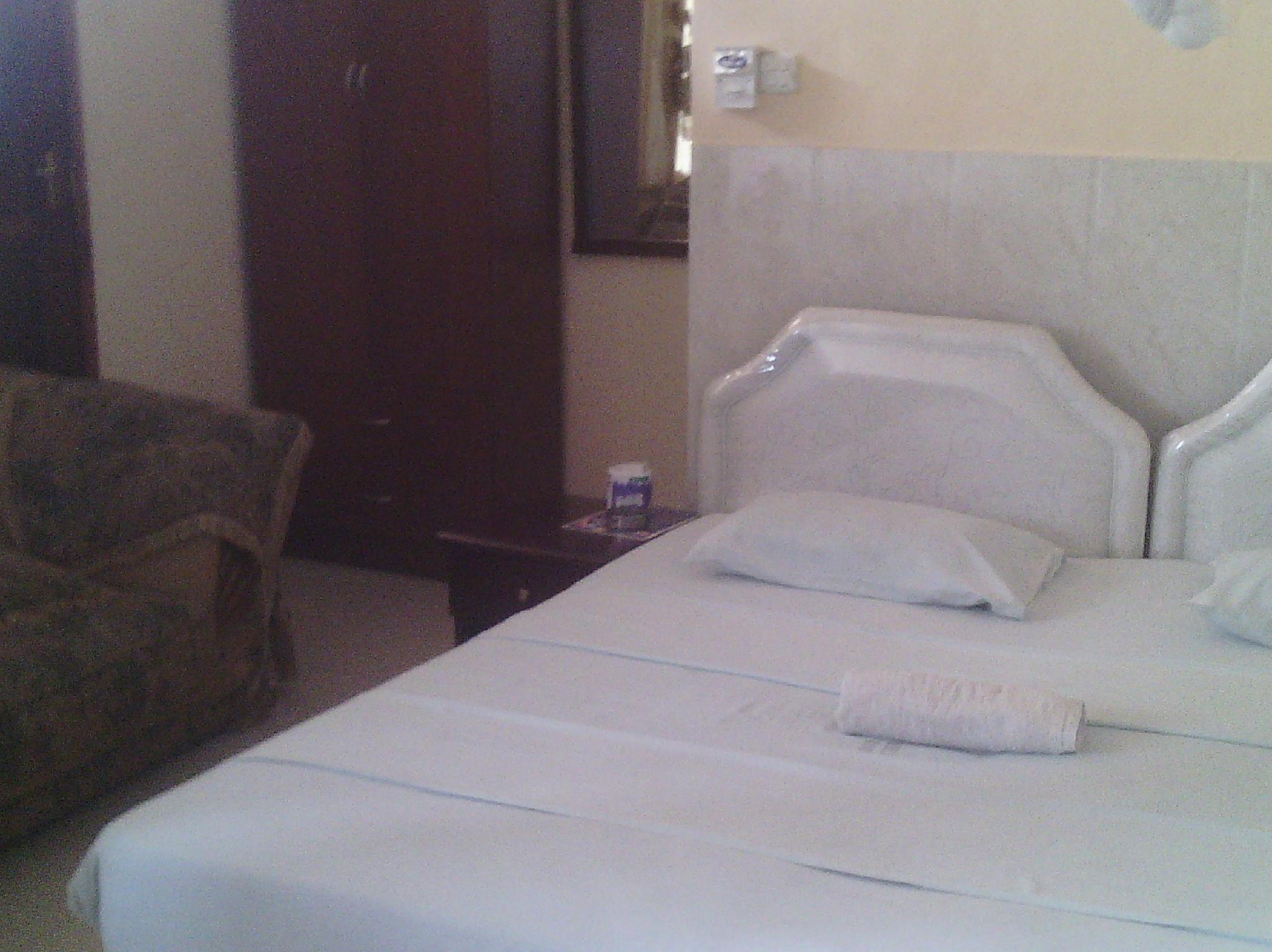 Cross Way Executive Hotel Ltd