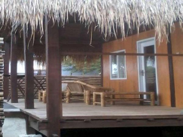 Pine Tree Hostel & Cottage Lombok