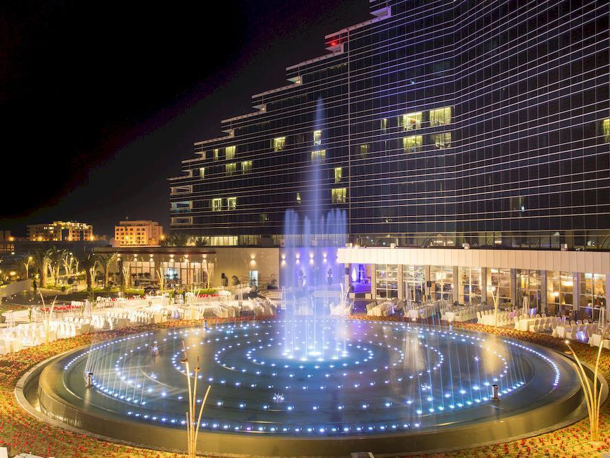manama art rotana amwaj islands hotel in bahrain middle east rh wiztours com