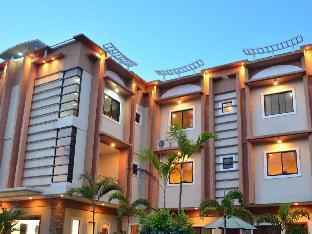 picture 1 of Casanas Suites