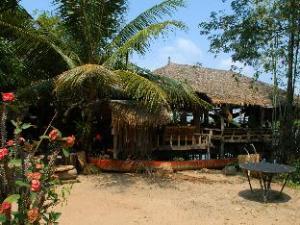 Samon Village
