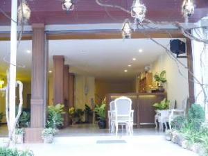 Golden Moon Aonang Hotel