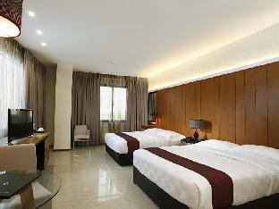picture 2 of One Vittoria Hotel