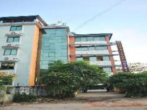Royal Toe Hotel