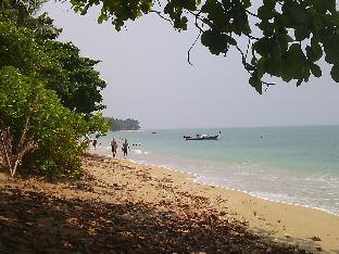 Sunanta Bungalow สุนันทา บังกะโล